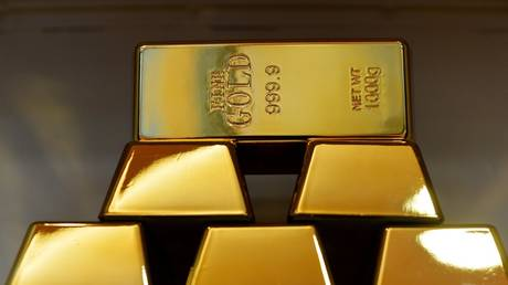 russia-pledges-to-invest-$600mn-in-joint-gold-refinery-in-kyrgyzstan