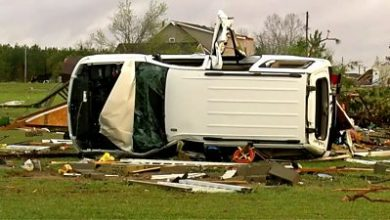 Photo of At least 25 tornadoes rip through southern US