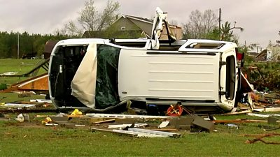 at-least-25-tornadoes-rip-through-southern-us