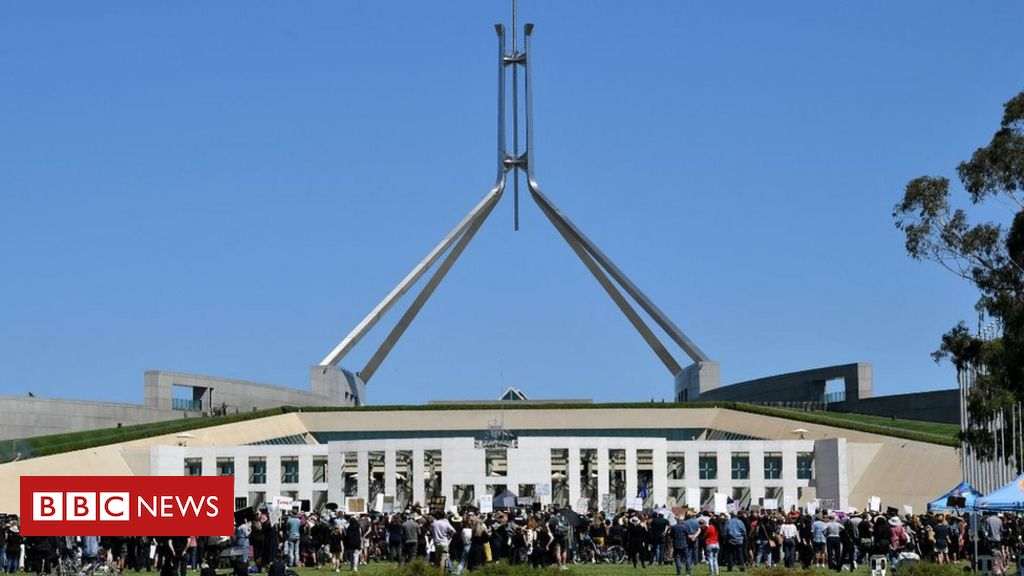 aide-fired-after-parliament-house-sex-videos-shock-australia