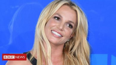 Photo of Britney Spears asks judge to remove her father as her conservator