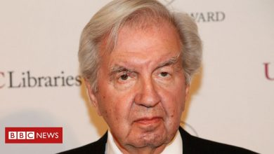 Photo of Larry McMurtry: Lonesome Dove and Terms of Endearment author dies aged 84