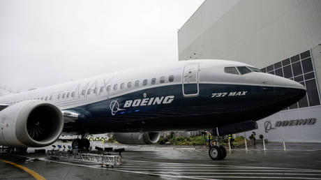 southwest-orders-100-boeing-737-max-planes-while-air-travel-demand-still-erratic