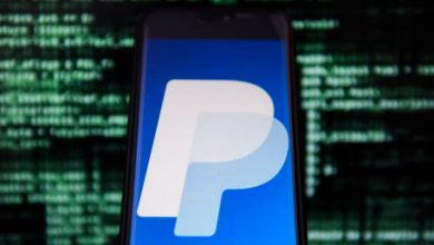 Photo of Cryptos stride further into mainstream as new PayPal feature lets users pay with bitcoin, ethereum & more