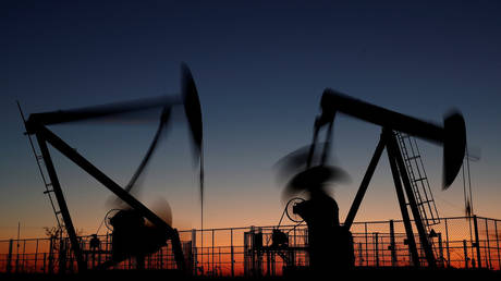 opec+-leaders-lean-towards-extending-oil-cuts-as-covid-19-continues-to-bite-–-media