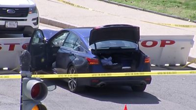 us-capitol:-suspect-and-officer-dead-after-'ramming-car'-into-police