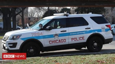 Photo of Chicago police urged to share bodycam video in fatal shooting of boy, 13