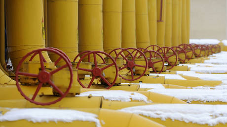europe-looks-to-stock-up-on-natural-gas-this-summer