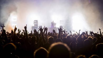 Photo of When will music fans be able to really rock out again, and on what terms? RT's Boom Bust asks an expert