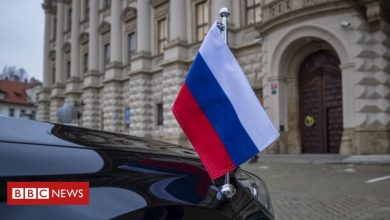 Photo of Russia expels Czech diplomats over explosion row