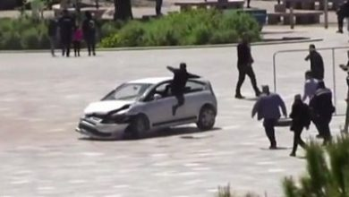 Photo of Man jumps through car window to stop dangerous driver in Albania