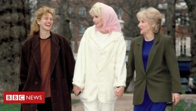Photo of Olympia Dukakis: Moonstruck and Steel Magnolias star dies aged 89