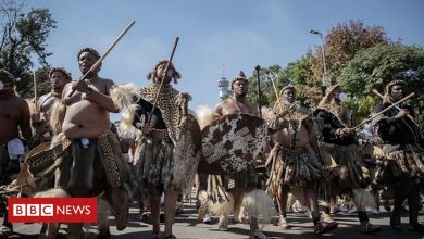 Photo of Zulu Queen: Hundreds of mourners hold parade ahead of funeral