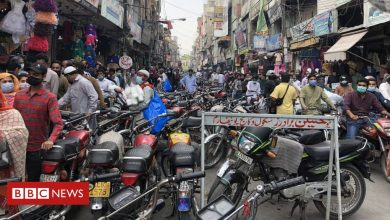 Photo of Pakistan prepares for Eid, rattled by India's second wave