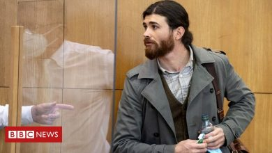 Photo of German officer who posed as Syrian refugee in terror trial