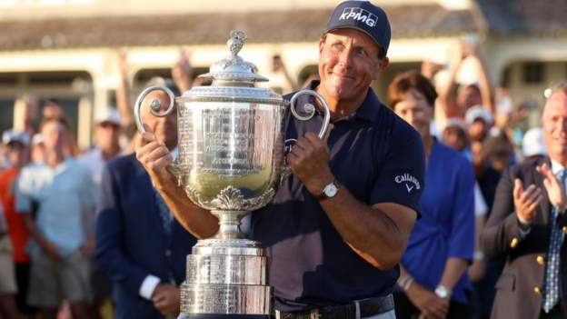 us-pga-championship:-phil-mickelson-becomes-oldest-major-winner-with-sixth-title