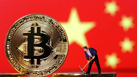 major-chinese-crypto-exchange-suspends-domestic-bitcoin-mining-operations