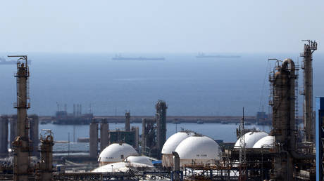 iran-has-69-million-barrels-of-oil-ready-for-when-us-sanctions-end