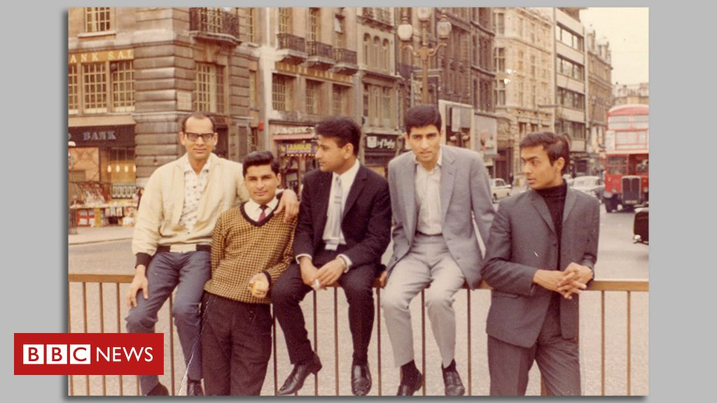 piccadilly-1965:-how-six-indian-friends-found-their-feet-in-the-uk
