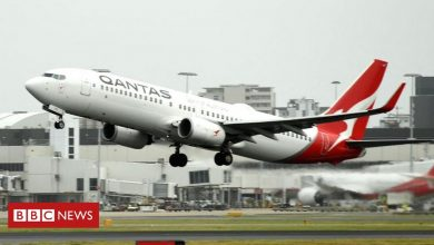 Photo of Qantas 'disturbed' by claims of gang infiltration