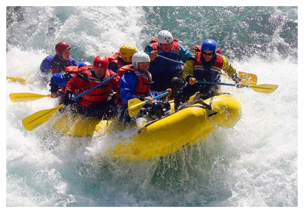 white-water-rafting-or-river-rafting:-a-thrilling-adventure-activity
