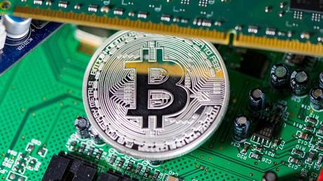 bitcoin-plummets-as-china-steps-up-crackdown-on-crypto-miners