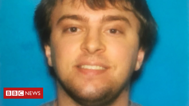 Photo of US 'white supremacist' shoots two black bystanders