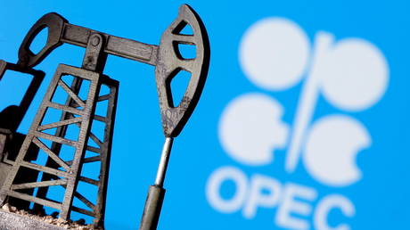 opec+-tries-to-reach-compromise-on-oil-output-policy-as-uae-blocks-production-boost