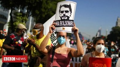 Photo of Covid: Thousands protest in Brazil against Bolsonaro over pandemic handling