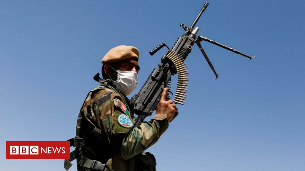 afghanistan:-soldiers-flee-to-tajikistan-after-taliban-clashes