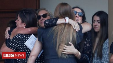 Photo of Florida building collapse: First funerals held for Surfside victims