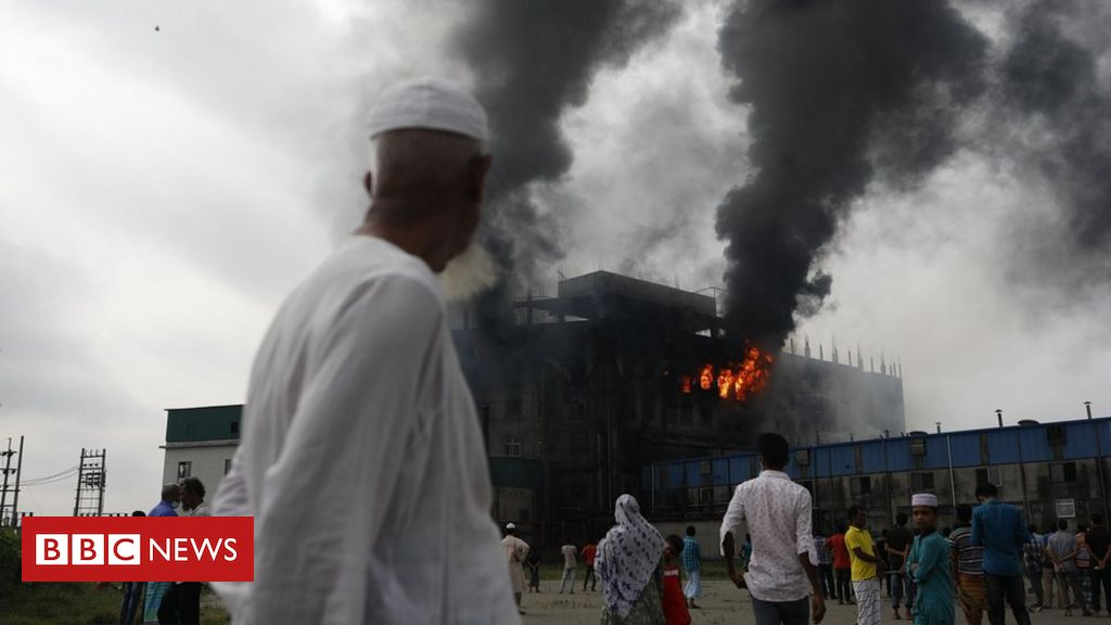 bangladesh-factory-fire:-at-least-52-people-killed-in-overnight-blaze
