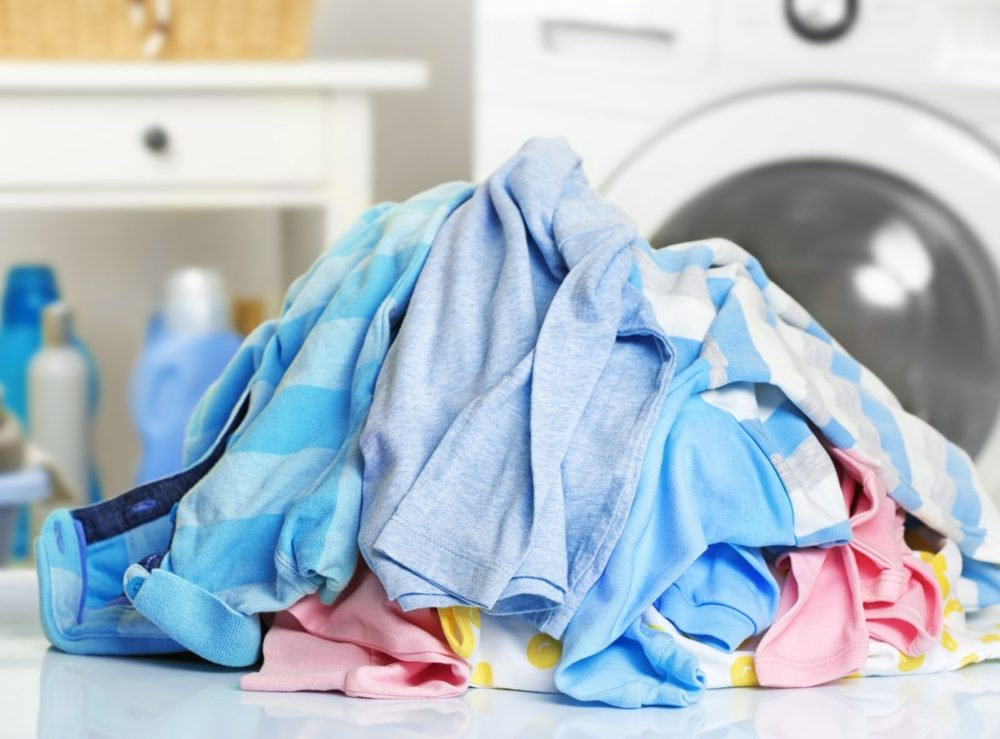 easy-steps-to-clean-garments-in-a-washing-machine