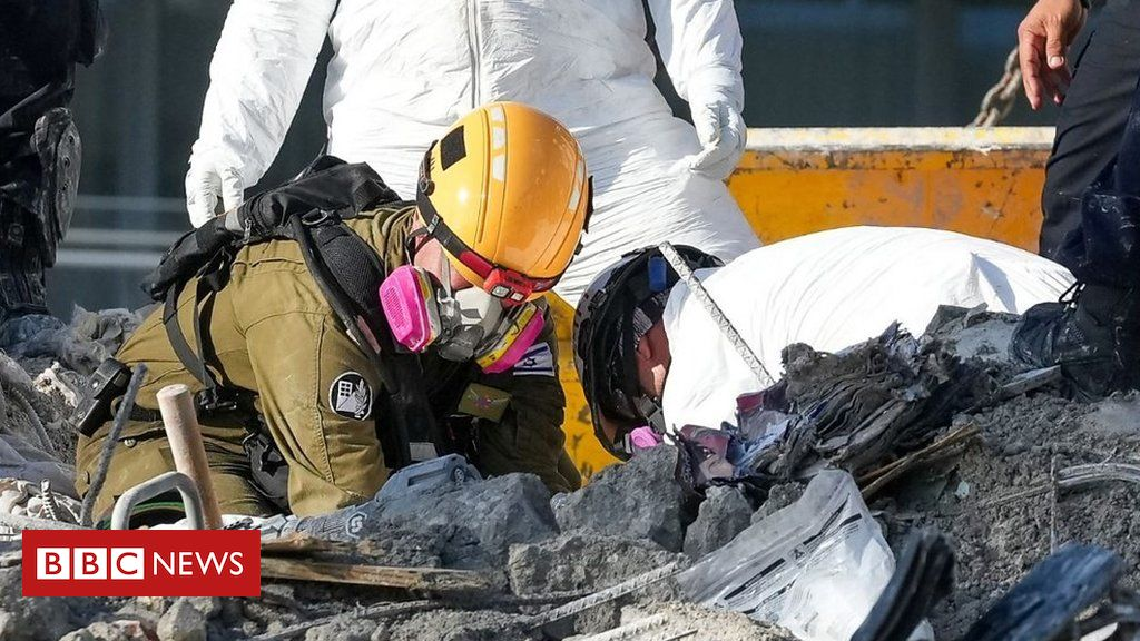 miami-building-collapse:-inside-the-recovery-operation-clearing-the-ruins