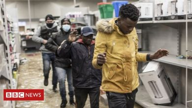 Photo of South Africa riots: Looting and shooting in Durban