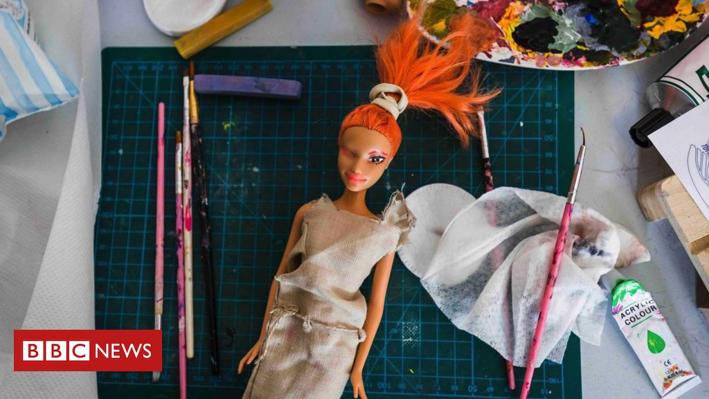 the-woman-giving-toys-a-new-life