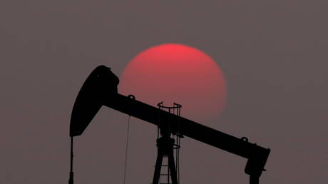 oil-prices-slip-amid-reports-of-opec+-reaching-compromise-on-production-boost