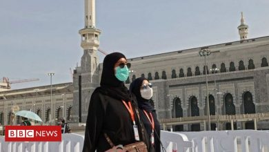 Photo of In pictures: Masks and social distancing at downsized Hajj