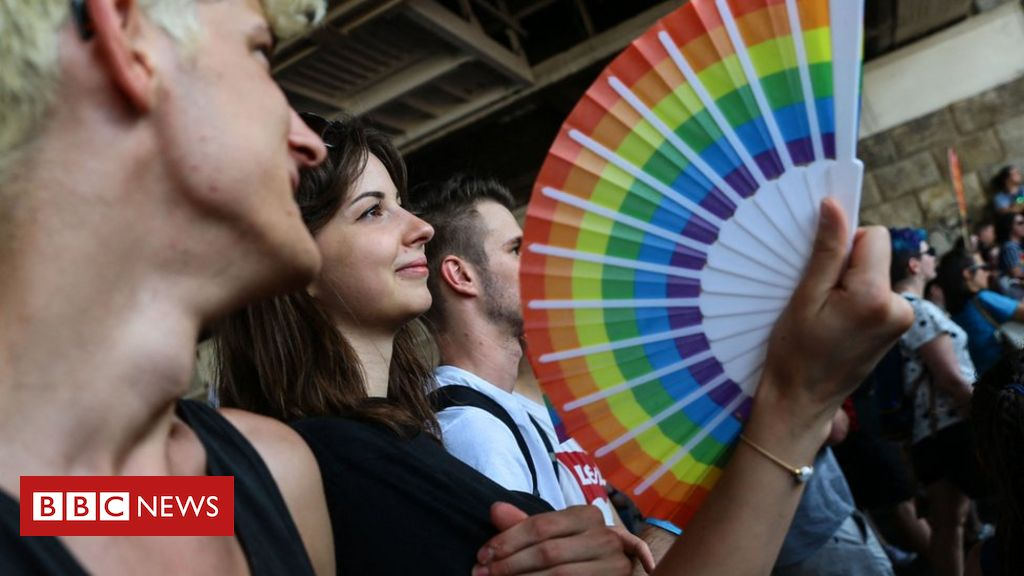 budapest-pride-stands-up-for-lgbt-rights-in-hungary