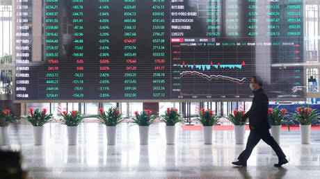 chinese-stocks-gain-on-reports-beijing-will-continue-to-allow-us-listings