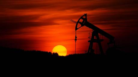 analysts-downgrade-2021-forecast-for-oil-to-$70-per-barrel,-predicting-that-coronavirus-variants-may-cool-demand-recovery