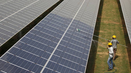india's-renewable-industry-to-see-$150-billion-of-investment-by-2030