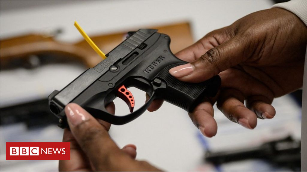 mexico-sues-us-gun-manufacturers-over-arms-trafficking