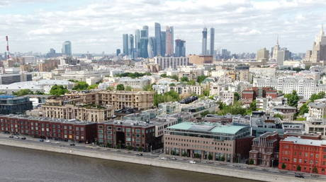 russian-finance-ministry-expects-country's-economy-to-grow-4%-this-year-–-report