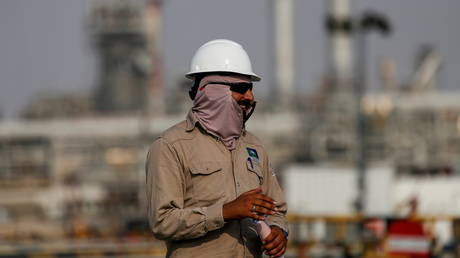 saudi-aramco-hikes-oil-prices-to-asia-for-second-consecutive-month