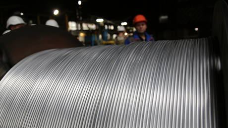 moscow-to-raise-tax-on-metal-mining-firms-in-2022-to-tackle-raw-material-shortage-–-putin
