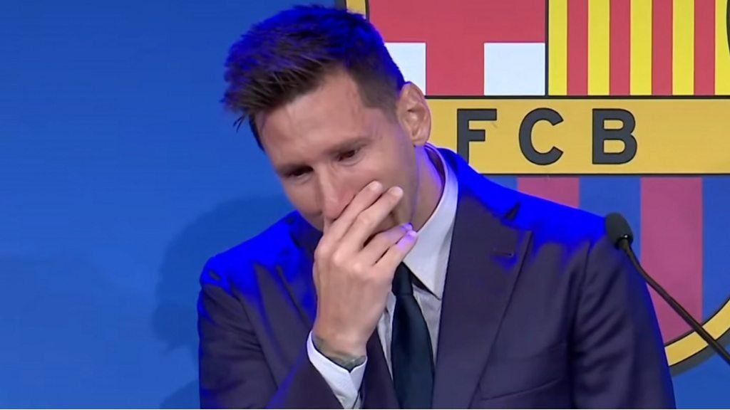 lionel-messi:-barcelona-star-in-tears-as-he-receives-ovation-news-conference