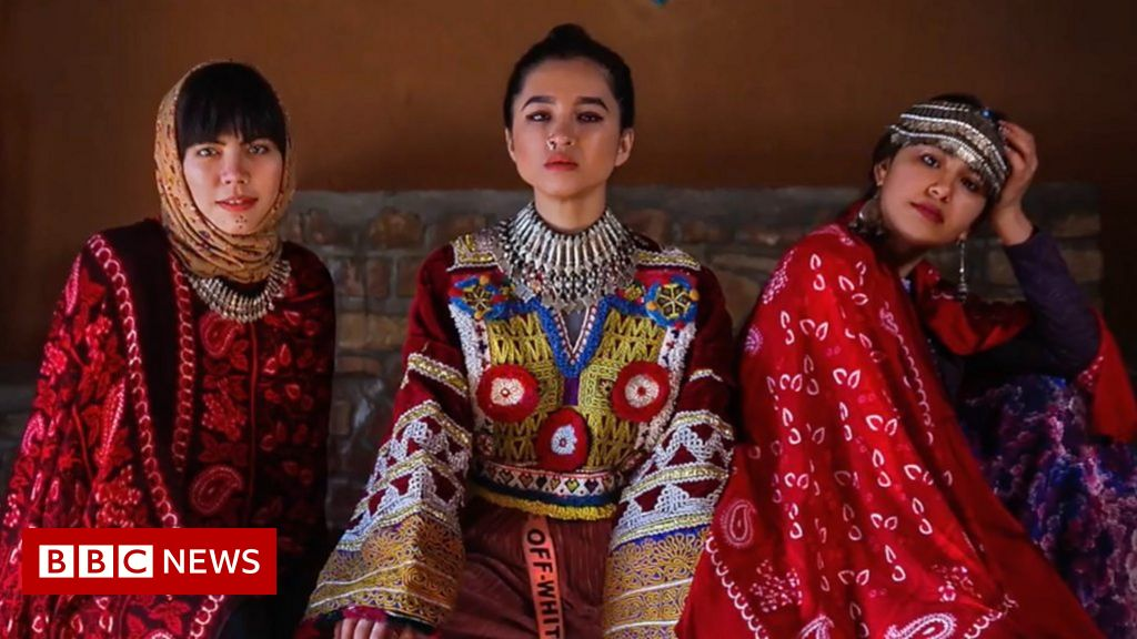 fashion-photographer:-'the-world-doesn't-see-this-part-of-afghanistan'