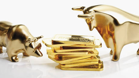 gold-slides-to-5-month-low-as-upbeat-jobs-data-from-us-&-firm-dollar-point-to-fed-taper