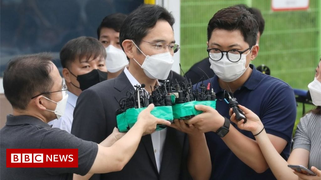 lee-jae-yong:-samsung-heir-released-from-prison-on-parole
